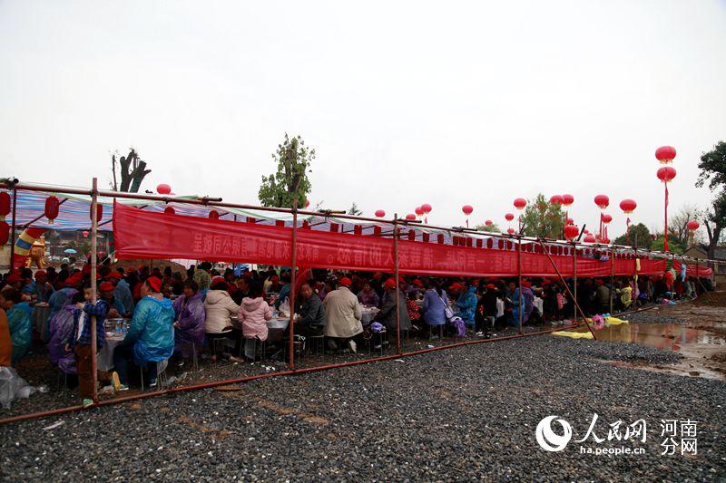 淅川县人口移民到哪_淅川县移民王海丽(2)