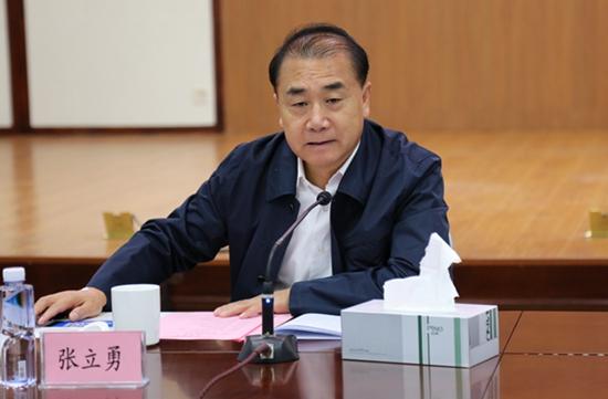 河南高院院长张立勇到开封征求人大代表政协委