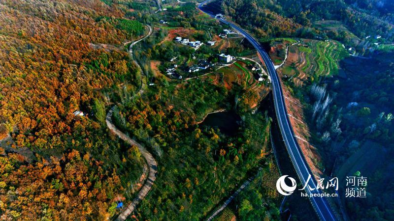 十八大以来,河南公路通车总里程达26.7万公里