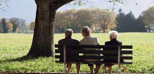 社科院专家:年轻人要为自己养老早做准备