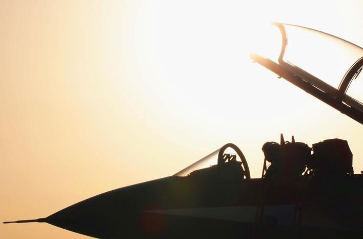 中国空军八一飞行表演队赴俄罗斯飞行表演
