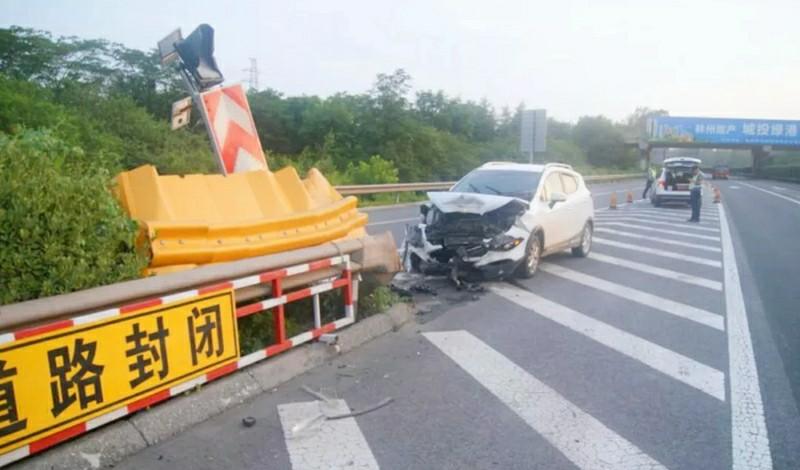 """河南高速交警盘点高速行车细节""""十宗罪"""""""