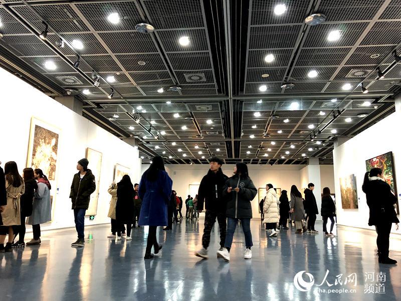 [特别报道]永恒的家园 山东青年100件美术作品亮相郑州