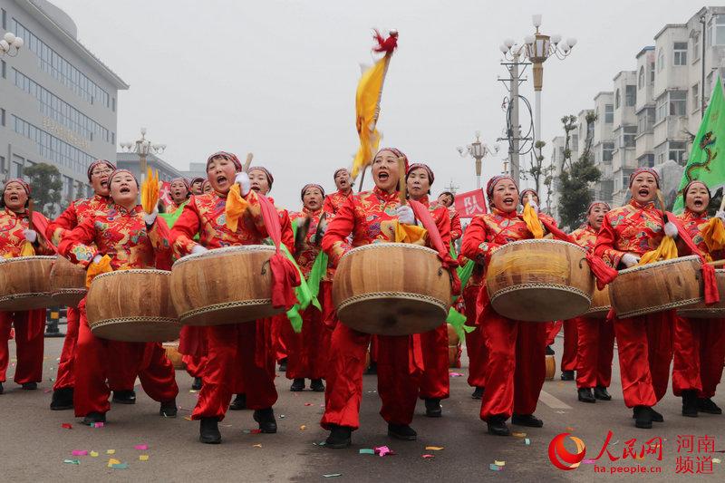 河南宝丰:精彩纷呈的民间艺术表演