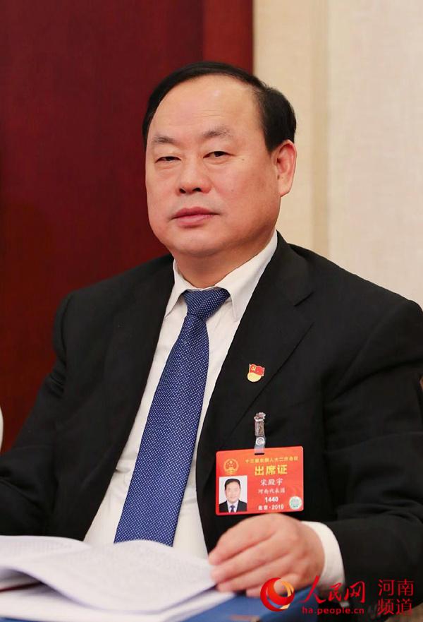 宋殿宇代表:着力把濮阳打造成为中国乃至世界杂技产业的集聚地