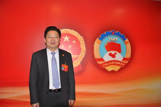 朱是西代表:千方百计壮大民营经济