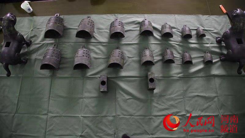 河南警方抓获A级逃犯 追回数套被盗国家一级文物