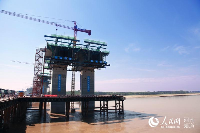 河南交通基础设施支撑能力不断提升 年内再通339公里高速路