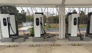 截至5月全国充电桩累计保有量97.6万台