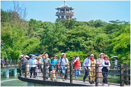 信阳市南湾湖举办首届乐水节 将持续至8月底