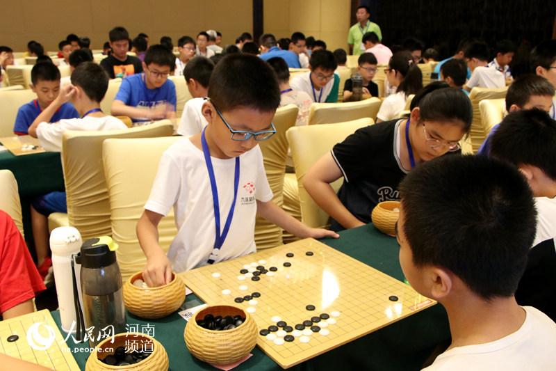 """巅峰对决即将上演!""""蛇口杯""""全国青少年围棋锦标赛河南赛区开战"""