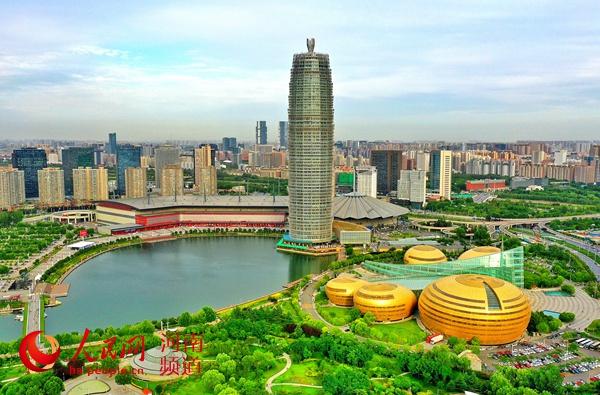 河南郑州:一座被火车