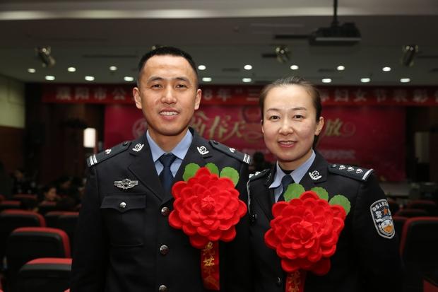 """范县""""双警家庭"""":有一种幸福 是擦肩而过的相视一笑"""