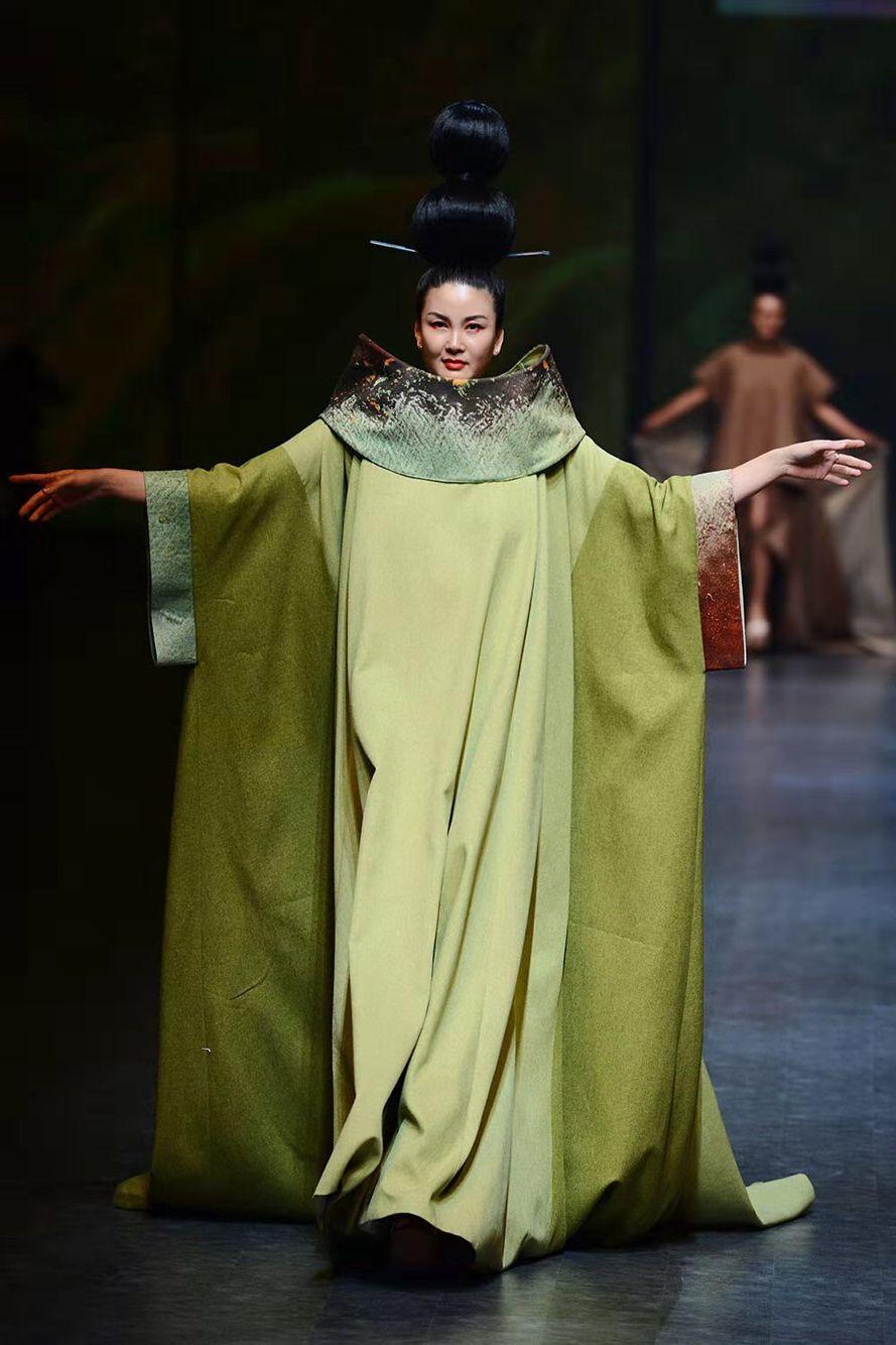 郑州国际时装周闭幕让世界感知河南时尚 沛县人才网