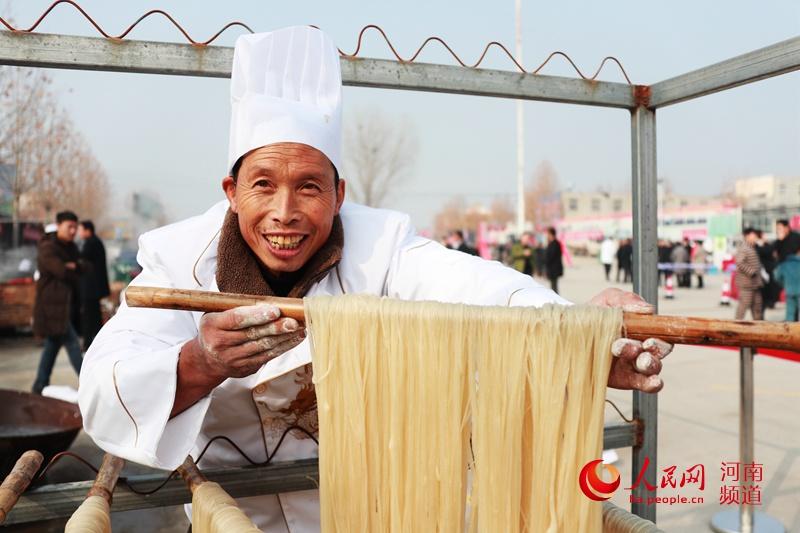 中国太行第四届红薯粉条文化节在辉县市张村乡裴寨村如期开幕