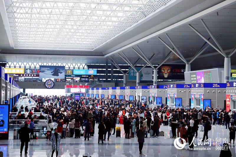 今年春运郑州铁路预计发送旅客1696.5万人 同比增长7.8%