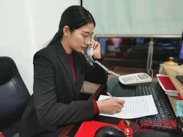 给力!发布8语种疫情播报 河南省委外办投身涉外疫情防控阻击战