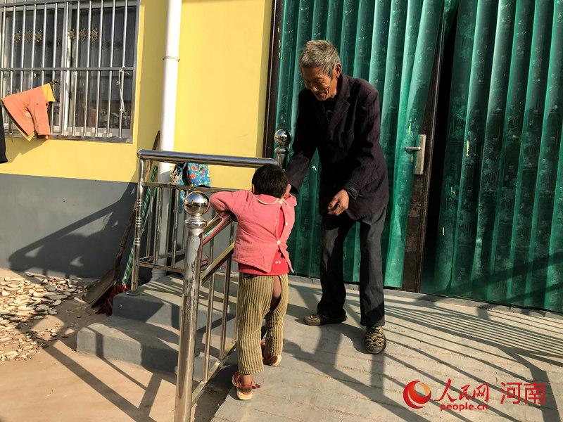 """惠民!汝州:贫困重度残疾人家庭""""改出""""新生活"""