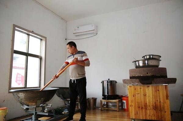 """河南兰考张庄村:从""""大风口""""到""""明星村"""""""