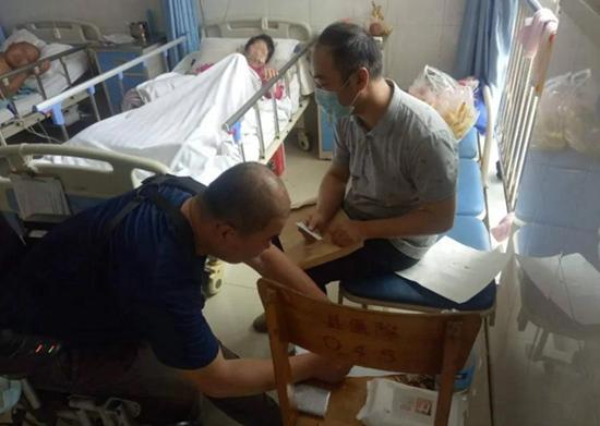 许昌:执行法官便衣驱车三百里 救命钱送入病房暖人心
