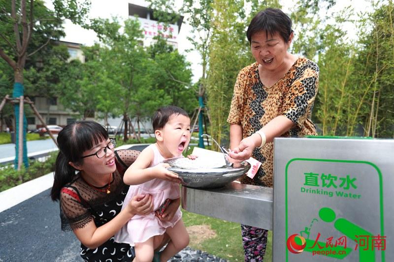 郑州中原区:小小直饮机 灌溉大民生