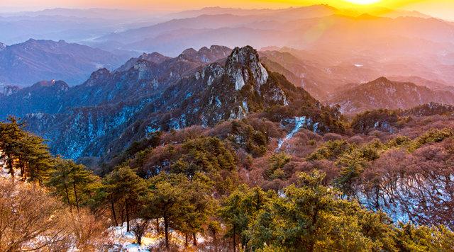 河南鲁山:依托绿水青山 做强旅游扶贫