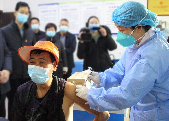鲁山县开始为重点人群接种新冠疫苗