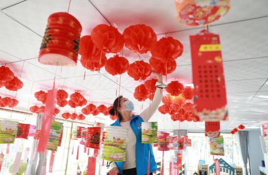 洛阳洛龙区:城市书房寻味中国年