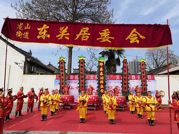 河南郏县:创作快板书 赢得满堂彩