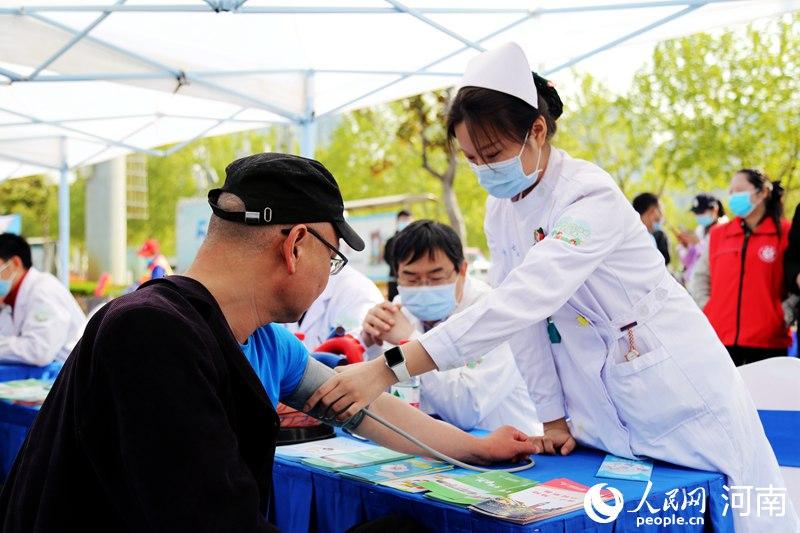 河南居民健康素养5年提升20% 吸烟率低于全国平均水平