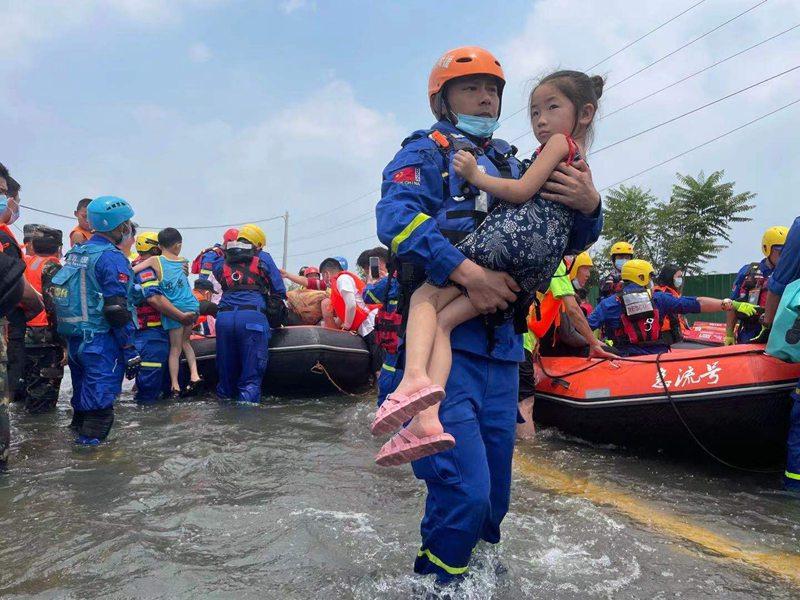 新乡人防:闻令而动抗大洪 全力以赴保平安
